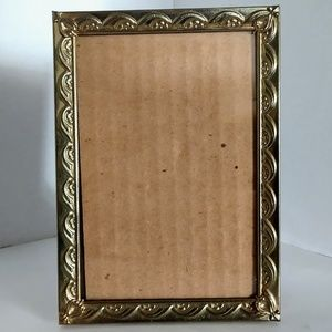 Vintage Brass Gold Tone Metal Picture Frame 7 x 5
